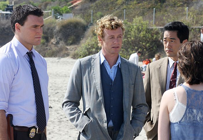 The Mentalist Simon Baker, center, with Owain Yeoman, left, and Tim Kang