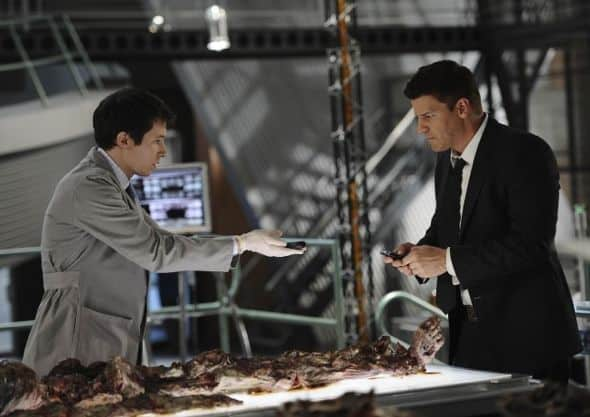 Bones Season 6 Episode 22 The Hole In The Heart 2 206