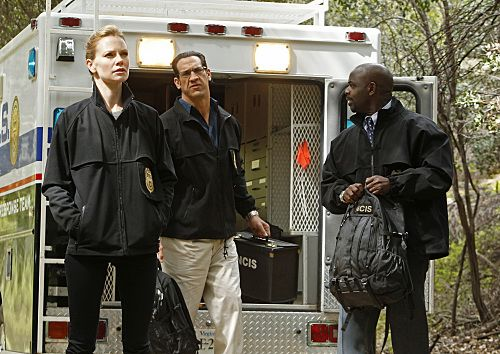 """""""Swan Song"""" -- After new evidence reveals that the Port-to-Port killer has infiltrated the agency, the NCIS teams chase every lead in a race to track him down, on NCIS, Tuesday, May 10 (8:00-9:00 PM, ET/PT) on the CBS Television Network.  Pictured left to right: Sarah Jane Morris, Matthew Willig and Alimi Ballard Photo: Monty Brinton/CBS ©2011 CBS Broadcasting Inc. All Right Reserved."""