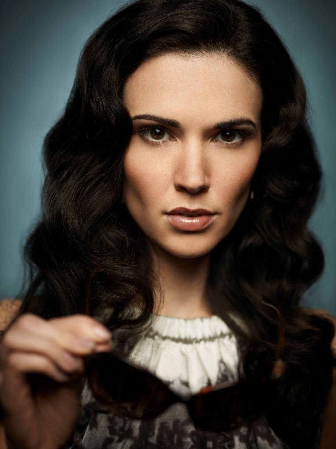 Alphas S1 Laura Mennell 003