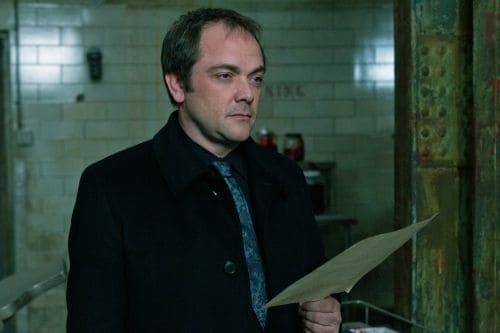 """""""The Man Who Knew Too Much"""" - Mark A. Sheppard as Crowley in SUPERNATURAL on The CW. Photo: Jack Rowand/The CW ©2011 The CW Network, LLC. All Rights Reserved."""