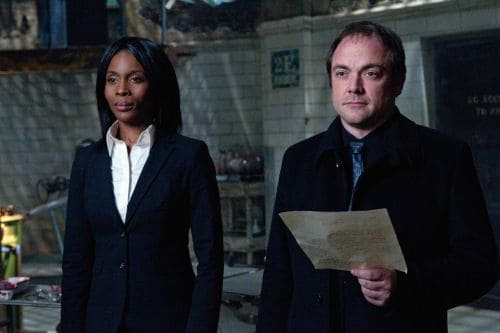 """""""The Man Who Knew Too Much"""" - Lanette Ware as Raphael, Mark A. Sheppard as Crowley in SUPERNATURAL on The CW. Photo: Jack Rowand/The CW ©2011 The CW Network, LLC. All Rights Reserved."""