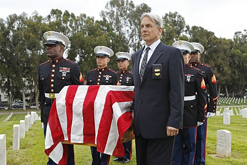 """Pyramid"" -- The lives of NCIS members are in jeopardy when they come face-to-face with the infamous Port-to-Port killer, on the eighth season finale of NCIS, Tuesday, May 17 (8:00-9:00 PM, ET/PT) on the CBS Television Network. Pictured: Mark Harmon Photo: Cliff Lipson/CBS ©2011 CBS Broadcasting Inc. All Rights Reserved"