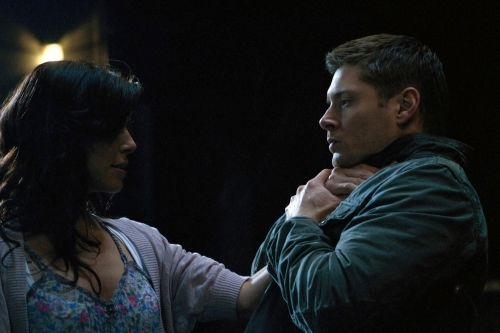 """Let It Bleed"" - Cindy Sampson as Lisa, Jensen Ackles as Dean in SUPERNATURAL on The CW. Photo: Michael Courtney/The CW ©2011 The CW Network, LLC. All Rights Reserved."