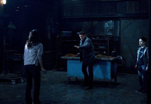Supernatural Season 6 Episode 21 Let It Bleed 8 472