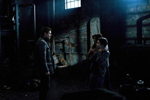Supernatural Season 6 Episode 21 Let It Bleed 10 474