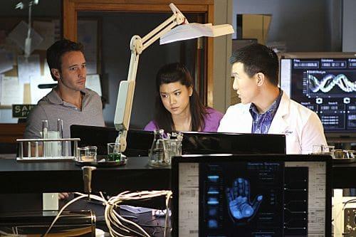 Hawaii Five 0 Season 1 Episode 24 Oiaio 1 409
