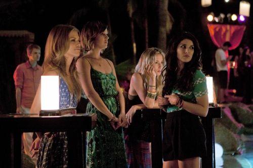 90210 Season 4 Episode 1 Up In Smoke 6 3246