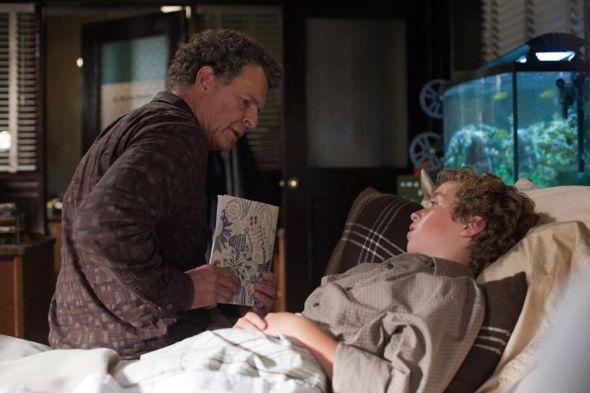 Fringe_Season_4_Episode_3_Alone_In_The_World_1-4073