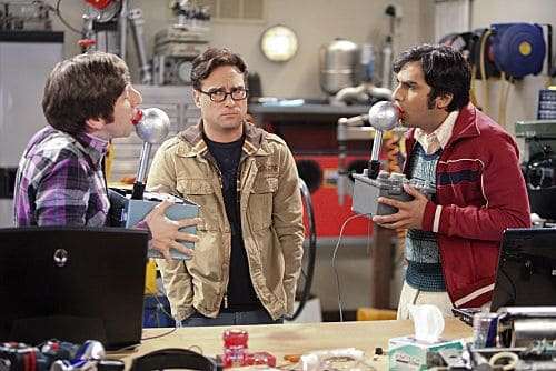 """The Infestation Hypothesis"" -- A fight between Sheldon and Penny leaves Amy caught in the middle, while Howard (Simon Helberg, left) and Raj (Kunal Nayyar, right) try to help Leonard (Johnny Galecki, center) spice up his long-distance relationship with Priya, on THE BIG BANG THEORY, at a special time, Thursday Sept. 22 (8:30-9:00 PM, ET/PT) on the CBS Television Network."