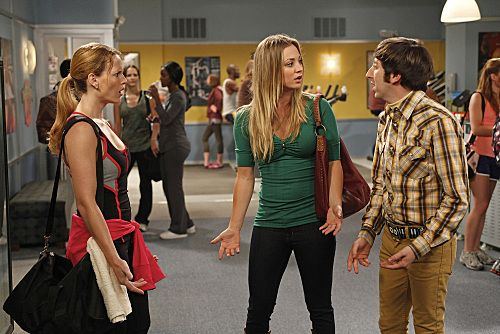 """""""The Wiggly Finger Catalyst"""" -- Penny (Kaley Cuoco, center) finds the perfect girl (Katie LeClerc, left) for Raj, on THE BIG BANG THEORY, Thursday, October 6 (8:00 - 8:31 PM, ET/PT) on the CBS Television Network.  Also pictured: Simon Helberg (right). Photo: Greg Gayne/Warner Bros. ©2011 Warner Bros. Television. All Rights Reserved."""