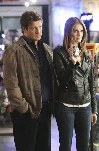 Castle_Season_4_Episode_2_Heroes_And_Villains_8-3745-590-700-80