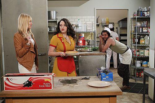 2 Broke Girls Season 1 Episode 2 And The Break Up Scene 4 3874