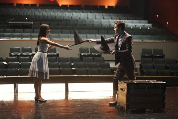 "GLEE:  Rachel (Lea Michele) and Kurt (Chris Colfer)  in ""The Purple Piano Project"" the season premiere episode of GLEE airing Tuesday, Sept. 20 (8:00-9:00 PM ET/PT) on FOX. ©2011 Fox Broadcasting Co. Cr: Adam Rose/FOX"