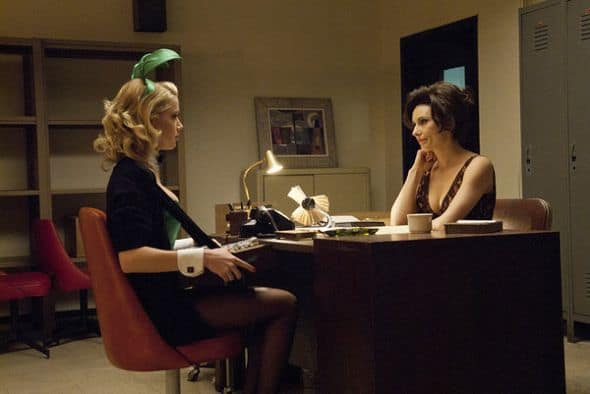 THE PLAYBOY CLUB -- Pilot Episode -- Pictured: (l-r) Amber Heard as Maureen, Laura Benanti as Carol Lynne -- Photo by: Matt Dinerstein/NBC