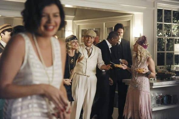 Happy Endings Season 2 Episode 1 Blax Snake Home 5 3853