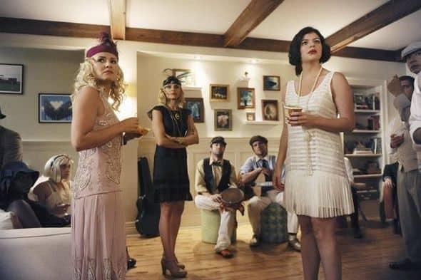 Happy Endings Season 2 Episode 1 Blax Snake Home 8 3856