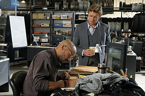 The_Mentalist_Season_4_Episode_8_Pinks_Tops_1-5519