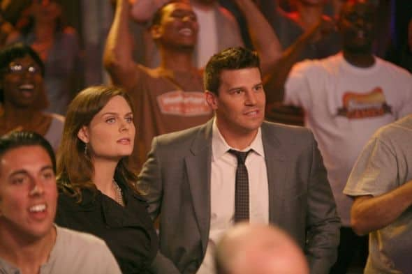 BONES Season 7 Episode 2 The Hot Dog In The Competition 4 5772 590 700 80