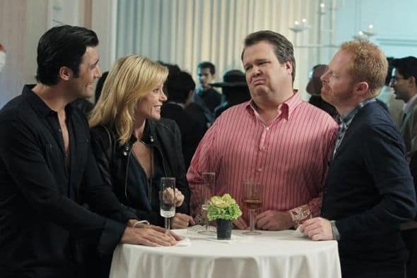 """MODERN FAMILY - """"Go Bullfrogs!"""" - It's father-daughter time, as Phil takes Haley on a college tour of his old alma mater, and Claire, having a rare night alone, forces Mitchell and Cameron to take her for a fun night out with the boys -- but ends up alone with one particular man candy who is anything but gay. Meanwhile, Gloria and Jay deal with a potential situation at home that may require having """"the talk"""" with Manny, on """"Modern Family,"""" WEDNESDAY, OCTOBER 19 (9:00-9:31 p.m., ET), on the ABC Television Network. (ABC/PETER """"HOPPER"""" STONE) GILLES MARINI, JULIE BOWEN, ERIC STONESTREET, JESSE TYLER FERGUSON"""