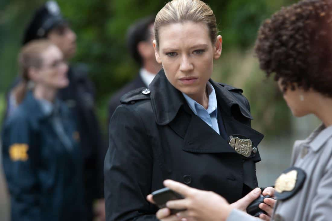 """FRINGE: Olivia (Anna Torv, L) and Astrid (Jasika Nicole, R) receive a message in the """"And Those We've Left Behind"""" episode of Fringe airing Friday, Nov. 11 (9:00-10:00 PM ET/PT) on FOX. ©2011 Fox Broadcasting Co. CR: Liane Hentscher/FOX"""