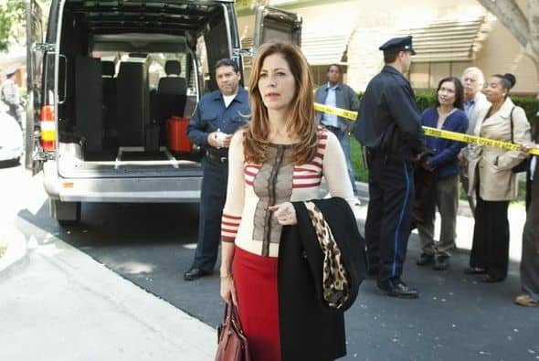 "BODY OF PROOF - ""Gross Anatomy"" - A murdered young woman's body turns up in place of a medical school cadaver during class, leaving Megan to rely on the aid of the star student to help solve the case, on ""Body of Proof,"" TUESDAY, NOVEMBER 29 (10:00-11:00 p.m., ET) on the ABC Television Network. (ABC/MICHAEL DESMOND) DANA DELANY"