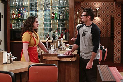 2 Broke Girls Season 1 Episode 9 And The Really Petty Cash 2 6250 590 700 80