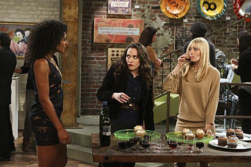 2 Broke Girls Season 1 Episode 9 And The Really Petty Cash 4 6252 590 700 80