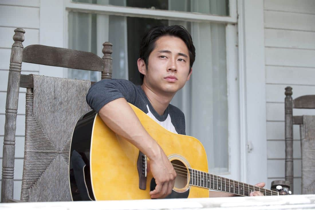 Glenn (Steven Yeun) - The Walking Dead - Season 2, Episode 5