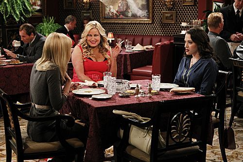 2 Broke Girls Season 1 Episode 14 And The Upstairs Neighbor 3 7355 590 700 80