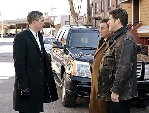 PERSON OF INTEREST Season 1 Episode 19 Flesh And Blood 7 7932 590 700 80