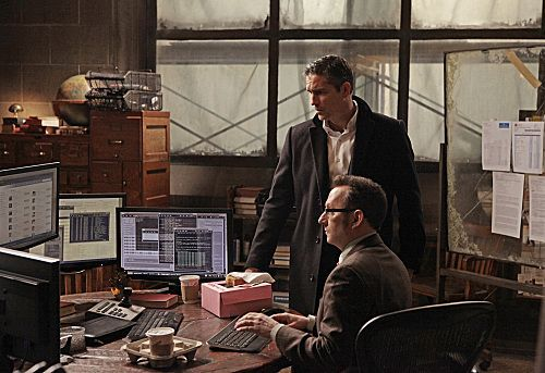PERSON OF INTEREST Season 1 Episode 19 Flesh And Blood 8 7933 590 700 80