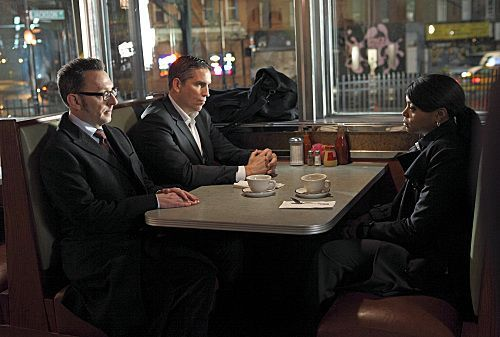 PERSON OF INTEREST Season 1 Episode 19 Flesh And Blood 13 7938 590 700 80