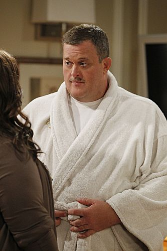 """The Honeymoon is Over"" -- Mike (Billy Gardell) and Molly (Melissa McCarthy) discuss Mike's new Parisian look. Photo: Sonja Flemming/CBS √?¬©2012 CBS Broadcasting Inc. All Rights Reserved."
