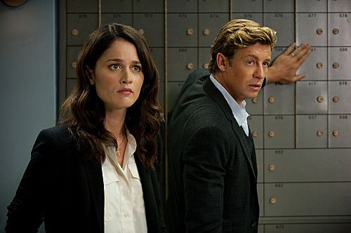 THE MENTALIST Season 5 Episode 3 Not One Red Cent 1