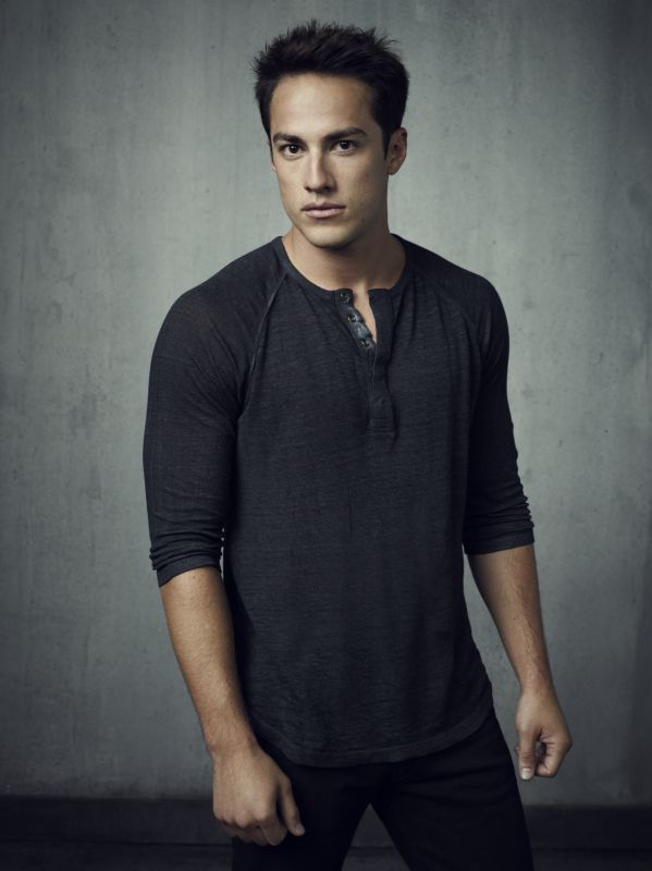 THE VAMPIRE DIARIES Michael Trevino