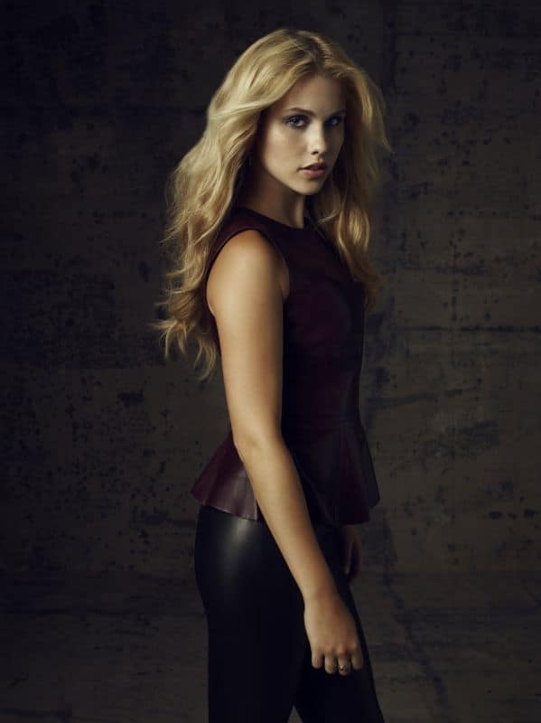 THE VAMPIRE DIARIES Claire Holt