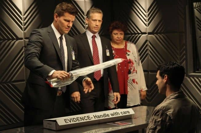 Bones Season 8 Episode 1 The Future in the Past