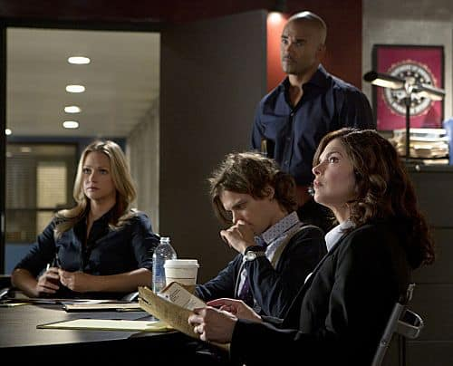 """The Silencer"" (seated, left to right) JJ (A.J. Cook), Reid (Matthew Gray Gubler), newest BAU member Alex Blake (Jeanne Tripplehorn) and Morgan (Shemar Moore, standing) go over evidence as the BAU investigates the murder of a victim with the trademark handiwork of the UnSub ""œThe Silencer,"" who leaves behind victims with his unique trademark of sewing their mouths shut, on the eighth season premiere of CRIMINAL MINDS, Wednesday, Sept. 26 (9:00-10:00 PM, ET/PT) on the CBS Television Network. Photo: Monty Brinton/CBS © 2012 CBS Broadcasting Inc. All Rights Reserved."