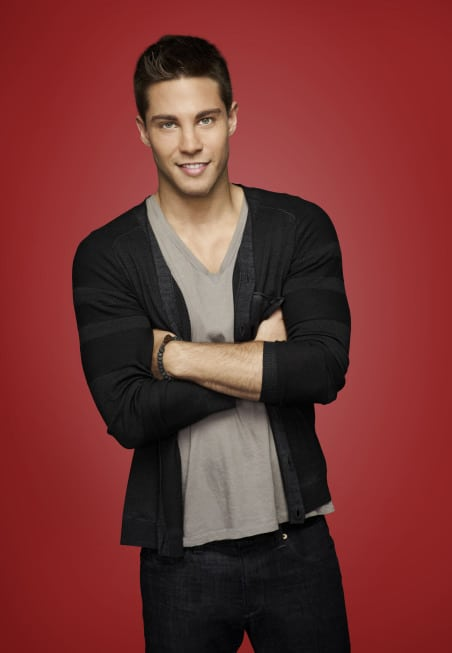 Dean Geyer Glee