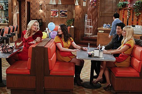 2 Broke Girls Season 1 Episode 18 And The One Night Stands 1 7667 590 700 80