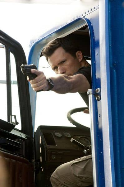 "BURN NOTICE -- ""Scorched Earth"" Episode 602 -- Pictured: Jeffrey Donovan as Michael Westen -- (Photo by Glenn Watson/USA Network)"