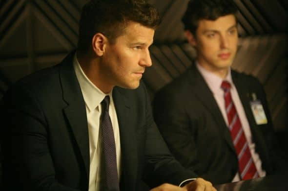 Bones Season 7 Episode 4 The Male In The Mail 1 6390 590 700 80