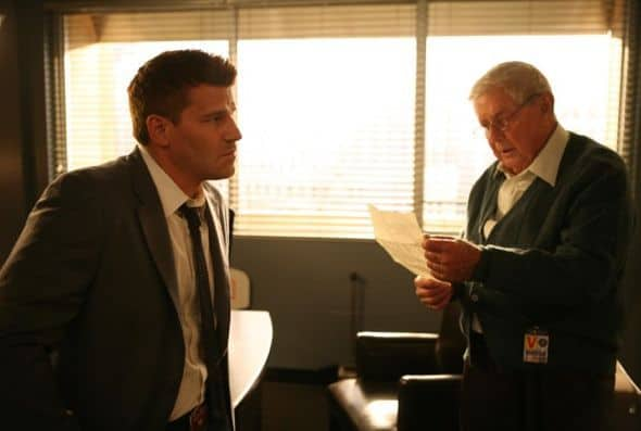 Bones Season 7 Episode 4 The Male In The Mail 2 6391 590 700 80