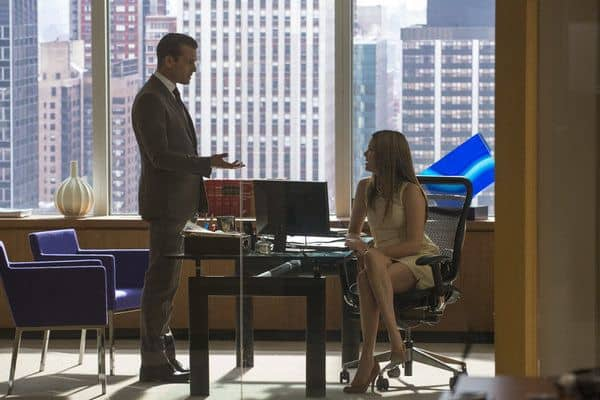 "SUITS -- Episode 208 ""Rewind"" -- Pictured: (l-r) Gabriel Macht as Harvey Specter, Jacinda Barrett as Zoe Lawford -- (Photo by: Christos Kalohoridis/USA Network)"