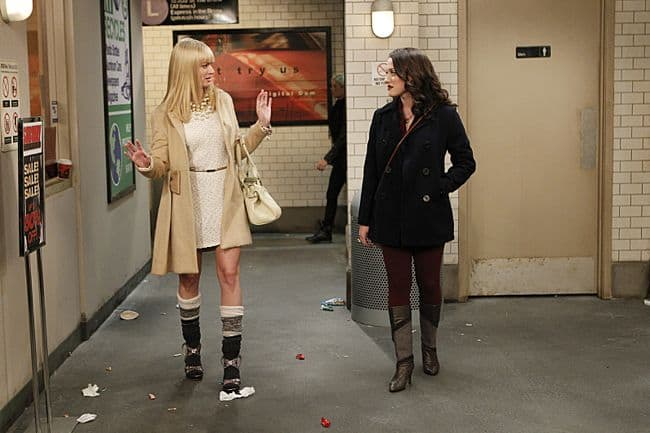 2 BROKE GIRLS Season 2 Episode 5 And The Pre-Approved Credit Card