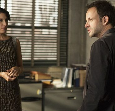 ELEMENTARY Season 1 Episode 8 The Long Fuse