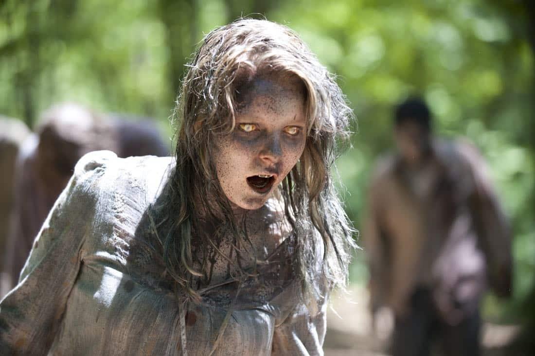 THE WALKING DEAD Season 3 Episode 7 When The Dead Come Knocking 05