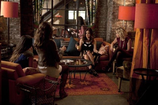PRETTY LITTLE LIARS Season 3 Episode 15 Mona-Mania