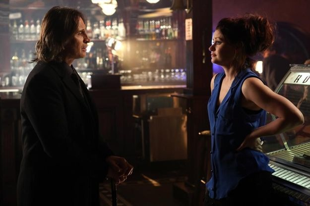 once-upon-a-time-season-2-episode-19-lacey-18